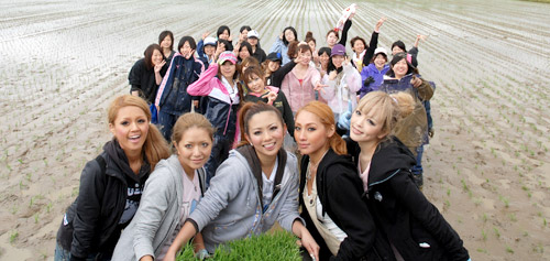 ★コギャル☆女子高生★色黒☆金髪★ PART15Tube8動画>1本 xvideo>2本 ニコニコ動画>1本 ->画像>200枚