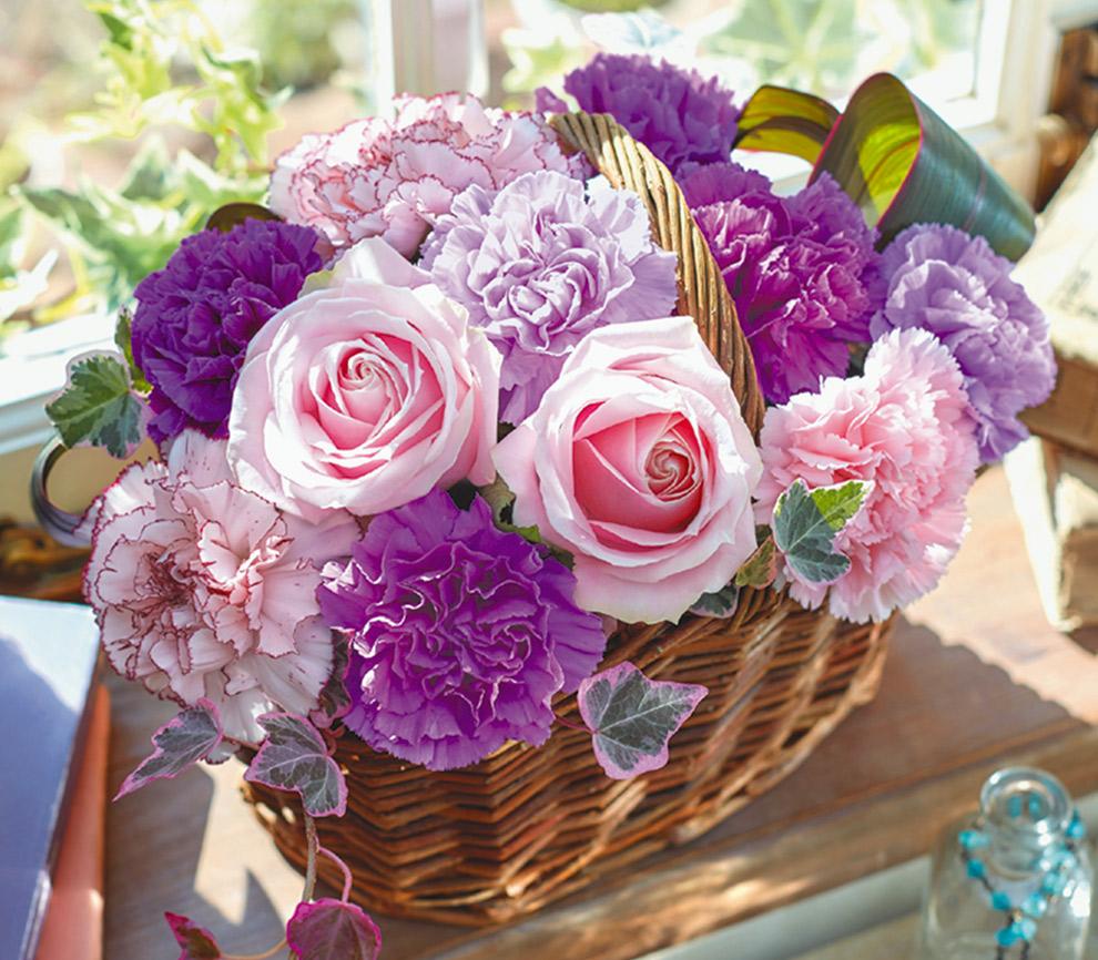 日比谷花壇 3色のムーンダストを使ったアレンジメント