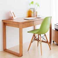 薄型デスクやすき間収納など、サイズ豊富な家具を多数販売。