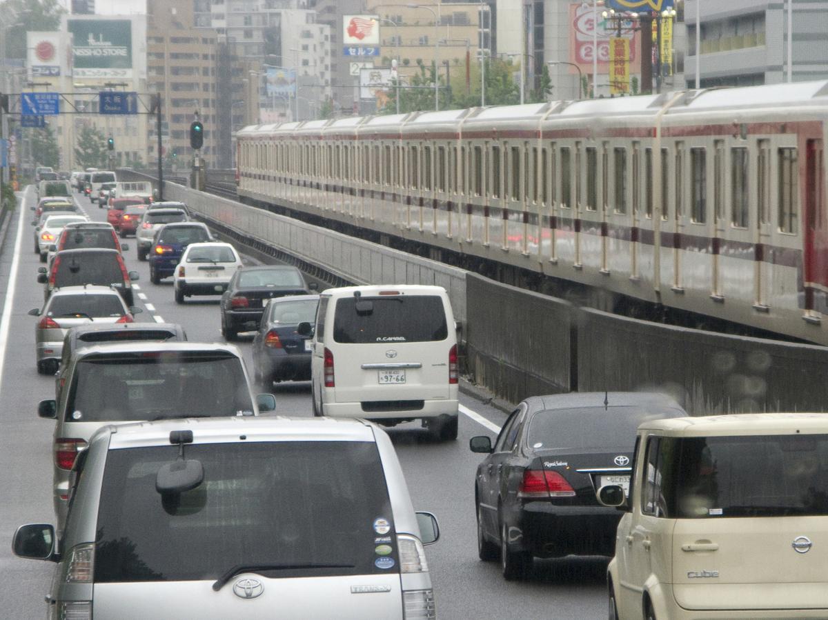 渋滞が好きになる?ストレスフリーな車内に変える方法