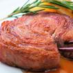 国産黒豚ロールステーキ。柔らかくジューシーなミルフィーユ